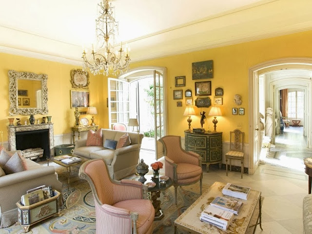 Yellow parlor room in a NYC townhouse