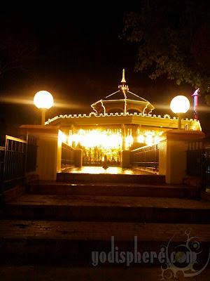 Grand Magical Carousel