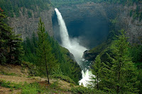 Helmcken_Falls_in_Wells_Gray_Provincial_Park_British_Columbia_Canada
