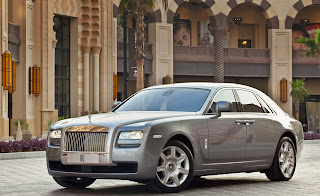 Rolls-Royce-ghost-2011