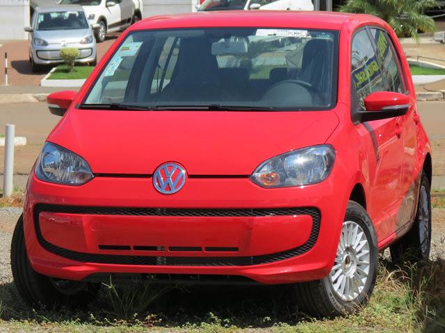 Volkswagen up! Move-up! 2015 - Vermelho