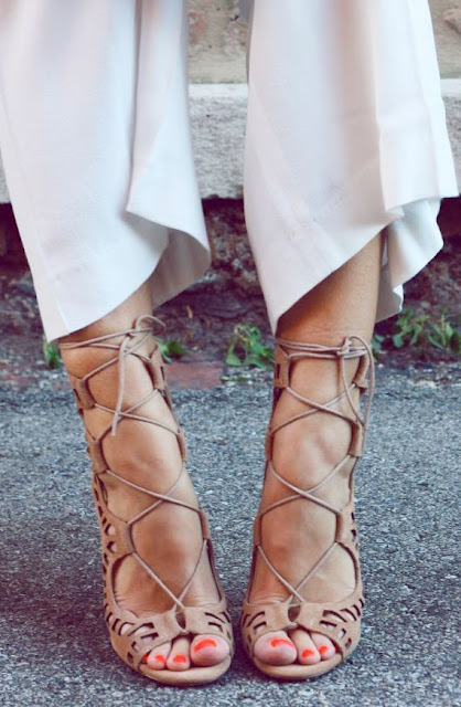 his Summer&#39s Hottest ShoesThe LACE UP HEELS