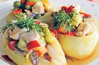 Tavuklu Sebzeli Patates Dolması Tarifi
