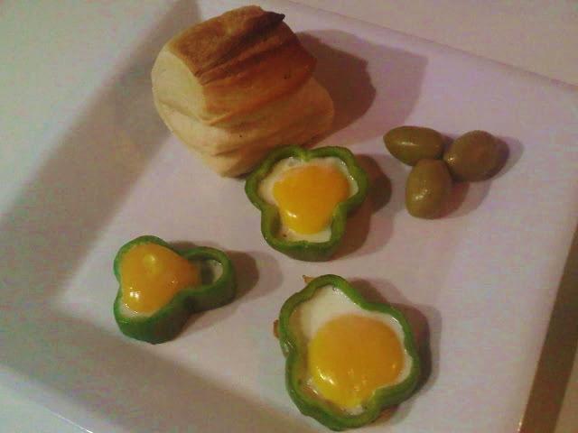 Huevos Fritos en Pimiento