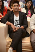 Allu Arjun Stylish Photos-thumbnail-18