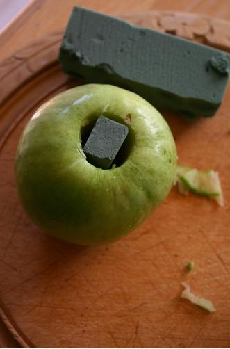 Como Hacer un Centro de Mesa con Manzanas, Decoracion Original Paso a Paso