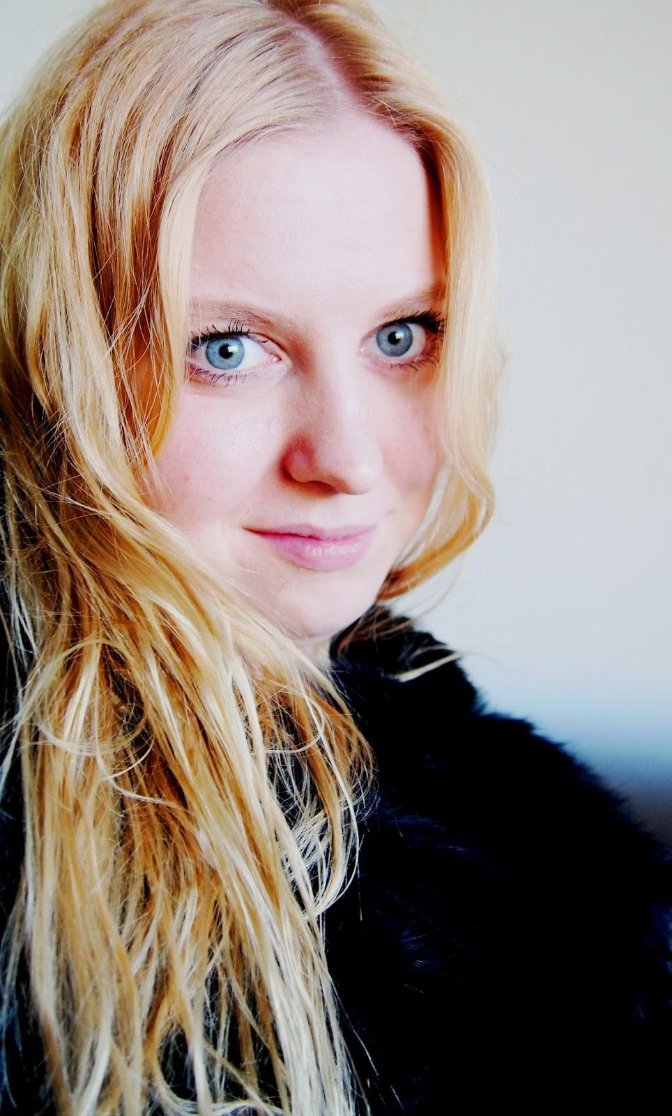 #beauty #hair #blonde #furr #poncho #blue #eyes #flawles #skin #face #makeup #nude #beautiful #kaunis #nainen #girl #happy #onnellinen