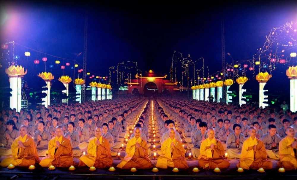 The 100 best photographs ever taken without photoshop - Amitabha Buddha Day, Vietnam