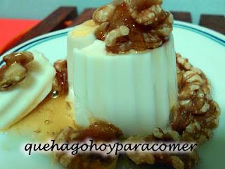 Queso De Burgos Con Miel Y Nueces