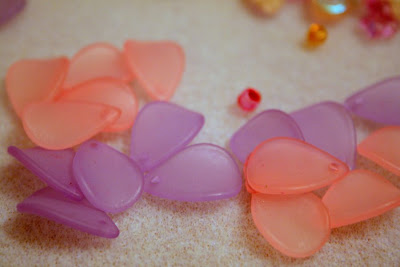 Lucite flowers (Pine Ridge Treasure) :: All Pretty Things