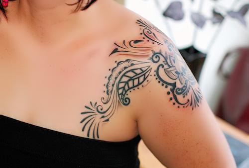 Tatuagem Feminina Nas Costas: A Vantagem De Uma Tatuagem Nas Costas
