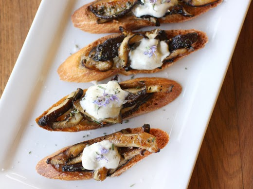 lisa is cooking: Shitake Mushrooms with Sourdough Toast ...