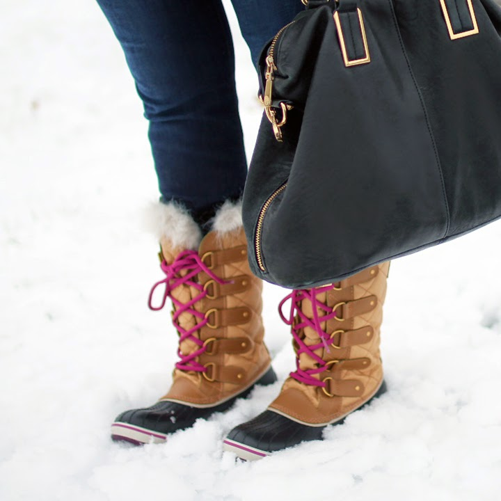 sorel tofino cate boots, pink snow boots, boston blogger style, boston fashion blogger, pops of pink, pink blouse and pink boots,