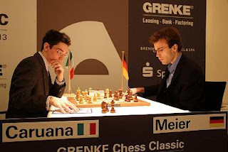 Echecs : Fabiano Caruana (2757) 1–0 Georg  Meier (2640) au Grenke Chess Classic Baden-Baden 2013