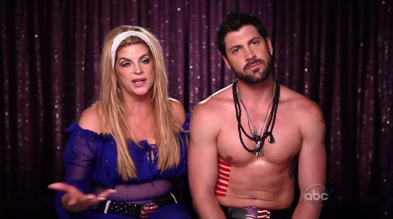 Maksim Chmerkovskiy Shirtless on Dacing With The Stars s12e06
