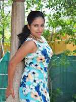 Actress Vrushali Gosavi glamorous photos-cover-photo