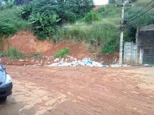 Manter a área da Rua Maragogipe limpa vai ser difícil