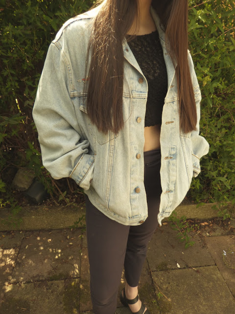 denim jacket, trousers, OOTD, cropped