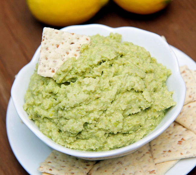 Mix it Up: Lemony Edamame Hummus (Version 2)