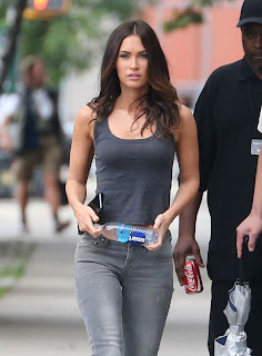 Megan+Fox+%E2%80%93+Teenage+Mutant+Ninja+Turtles+2+Set+in+NYC+5.jpg