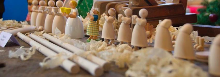 Schnitzkunst in der Weihnachtsausstellung