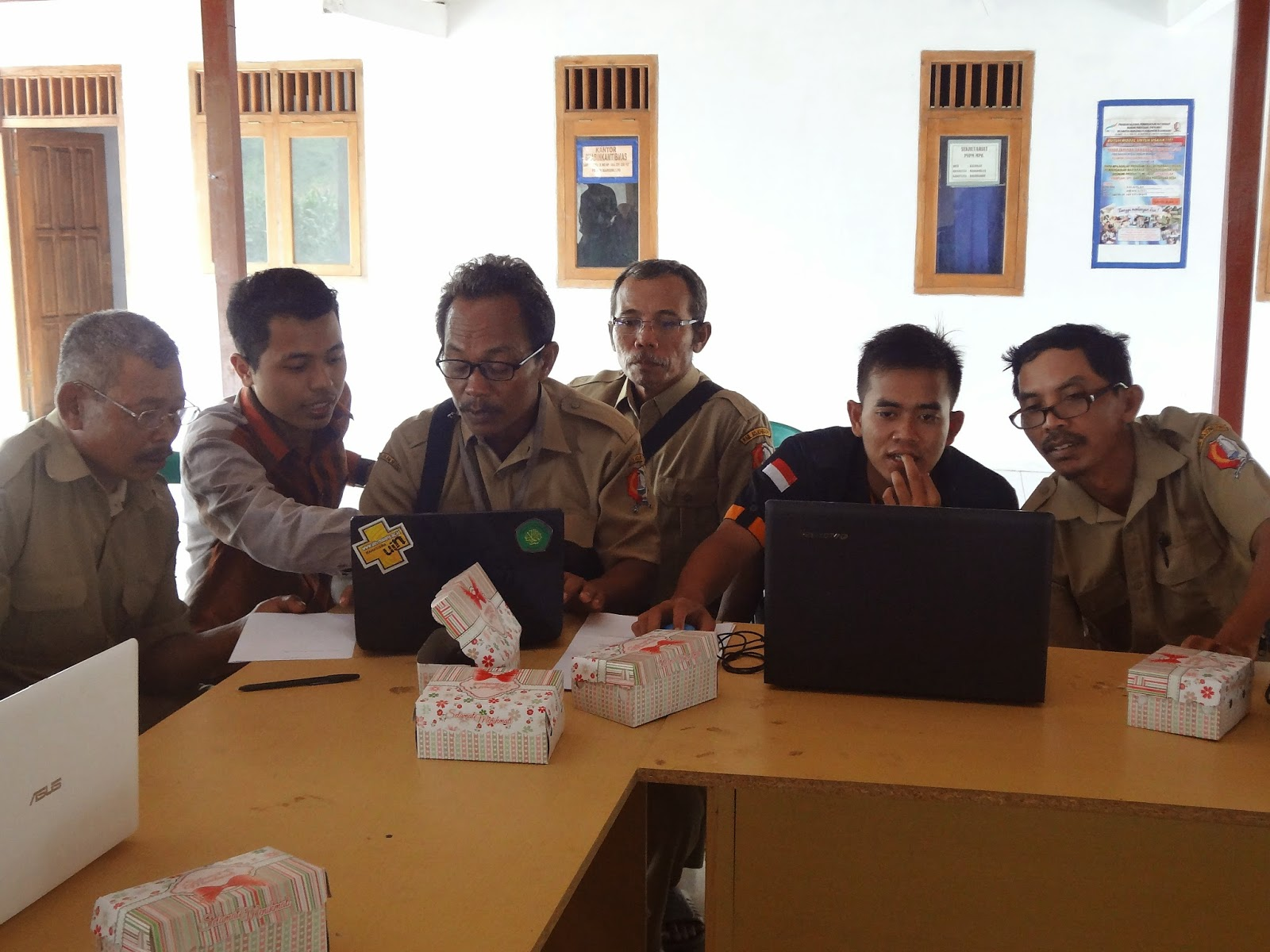 Pelatihan IT IKAMARO untuk Perangkat Desa Kalangan