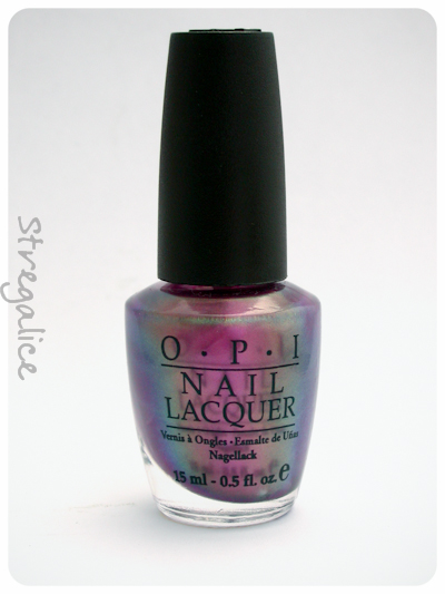 OPI Movin' Out duochrome