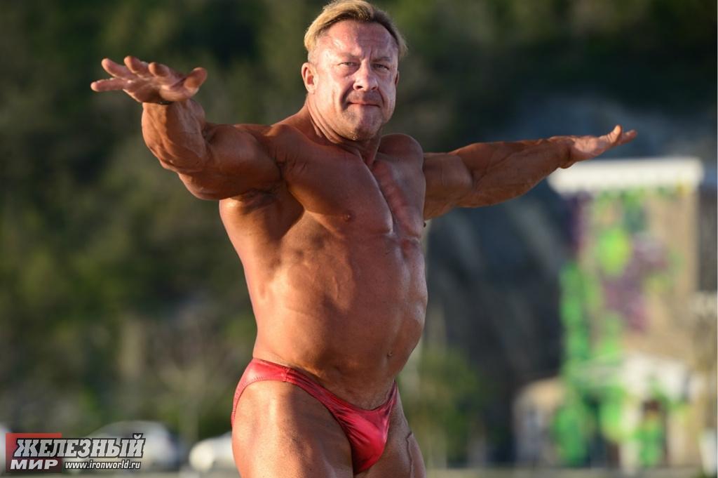 nikolay-yasinovskiy-v-porno