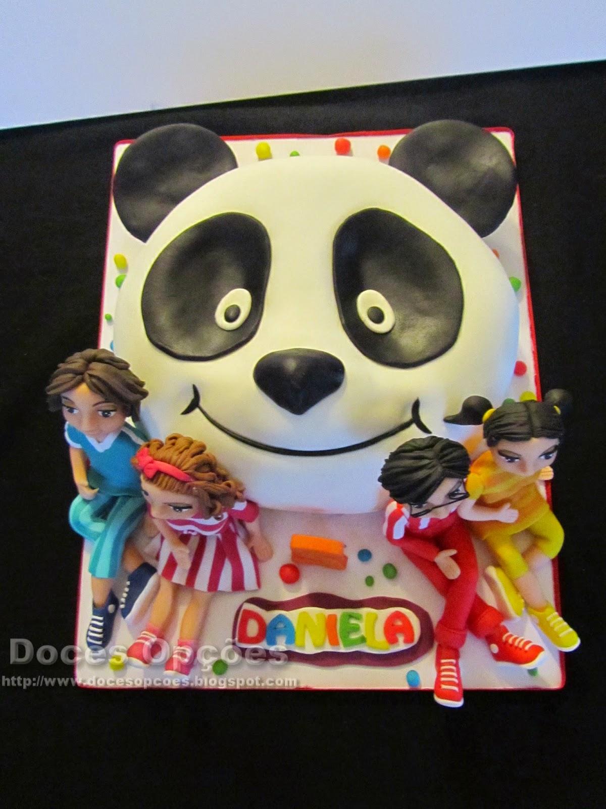 Bolo aniversário Panda e os Caricas doces opções bragança