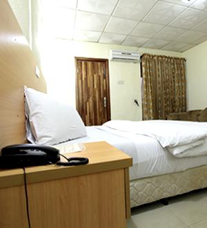 Etal Hotels Ikeja Standard Room