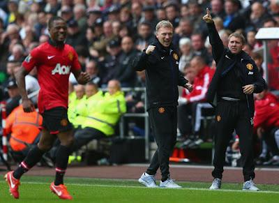 Evra Moyes Round Manchester United v Swansea 2013