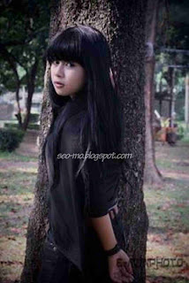 Foto Indri Barbie Waktu masih Kecil