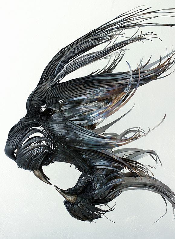 Esculturas de máscaras de animales hechas con acero martillado a mano por Selçuk Yılmaz