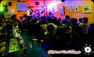 20. Nada como acabar cerrando el Festival Culture Bar-Bars en el mítico Filochard, donde Possum Flextet nos despiden transformando Toulouse en Nueva Orleans.