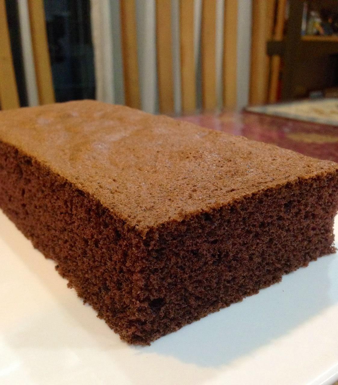 Baking Diary: Chocolate Sponge Cake