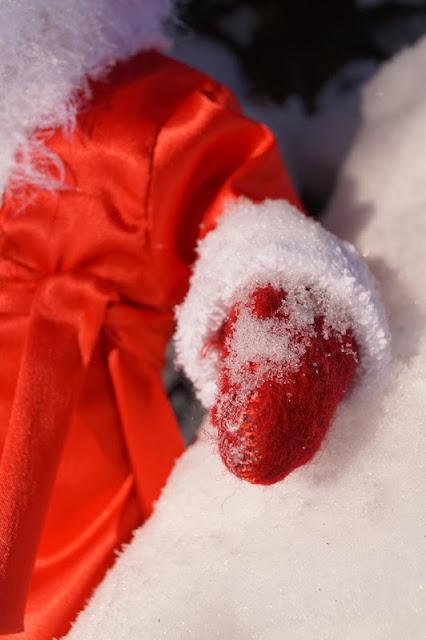 рукавицы, валенки