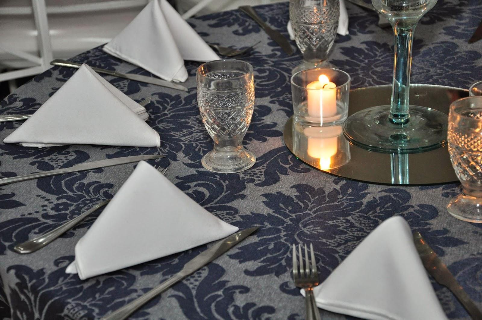 decoracao casamento azul marinho e amarelo : decoracao casamento azul marinho e amarelo:buffet bolando festas: Casamento decoração azul marinho e amarelo 23