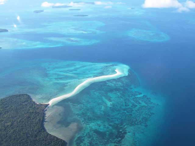 Pantai Nurtafur, Maluku Tampak dari atas