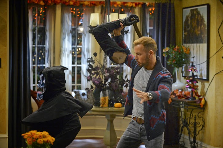 Melissa and Joey - Episode 4.01 - Witch Came First - Promotional Photos + Press Release