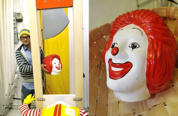 Jani Leinonen and Ronald's head