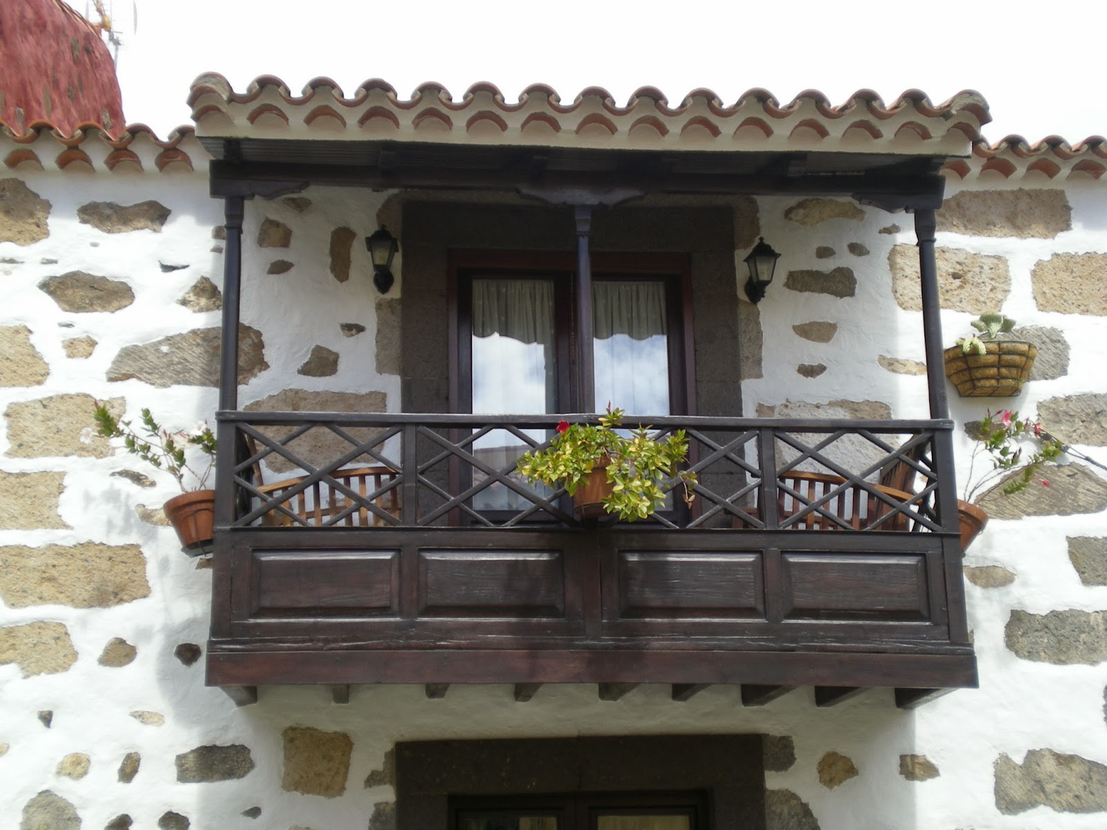 Crear m s verde balcones ajardinados for Cocina urbana canaria