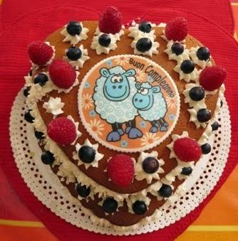 Ecco la torta per il Compleanno di Giulia ovvero la Hot Milk Sponge Cake a forma di cuore
