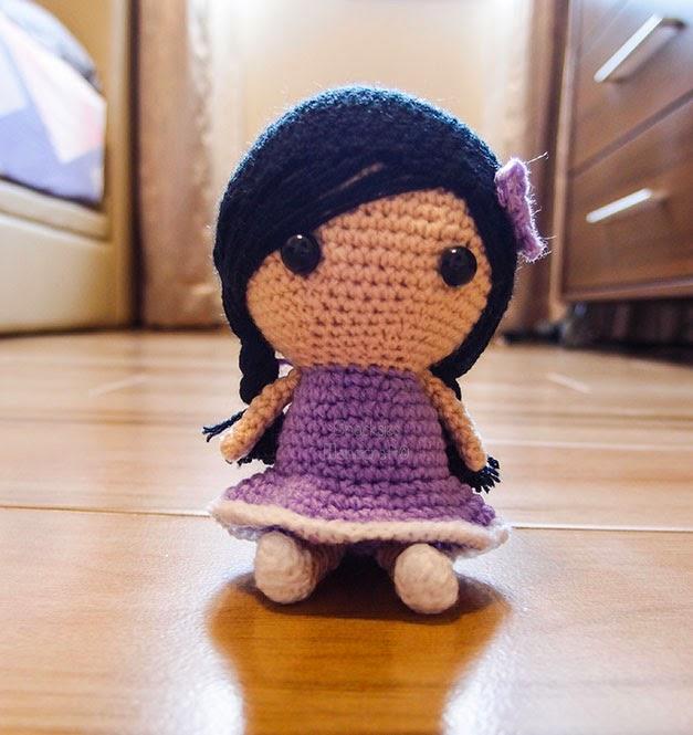 crocheted-girl-in-plaits-amigurumi
