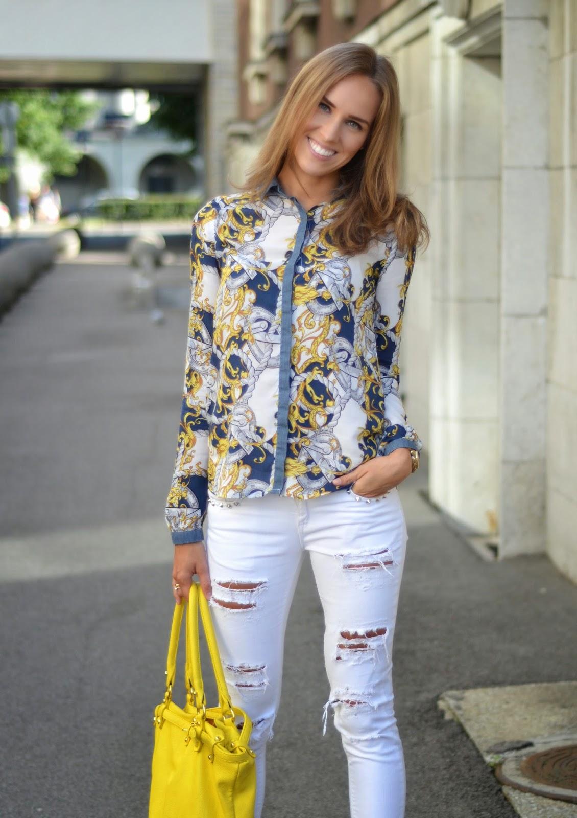 print-shirt-stradivarius-white-ripped-jeans-gina-tricot