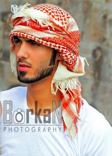 Modelo árabe deportado