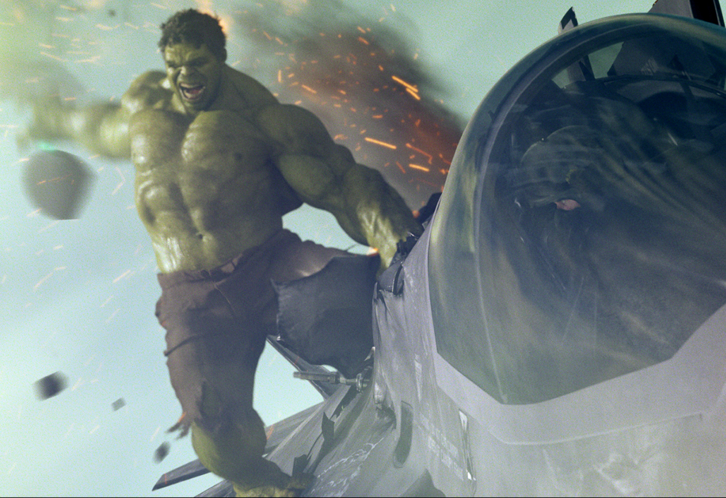 http://4.bp.blogspot.com/-AQ-UKvC2_j8/UHEcJ2vmVoI/AAAAAAAAAFM/o-5Iu_lId24/s1600/Marvel-The-Avengers-Movie-2012-HD-Wallpaper-The-Hulk-Bruce-Banner-53.jpg