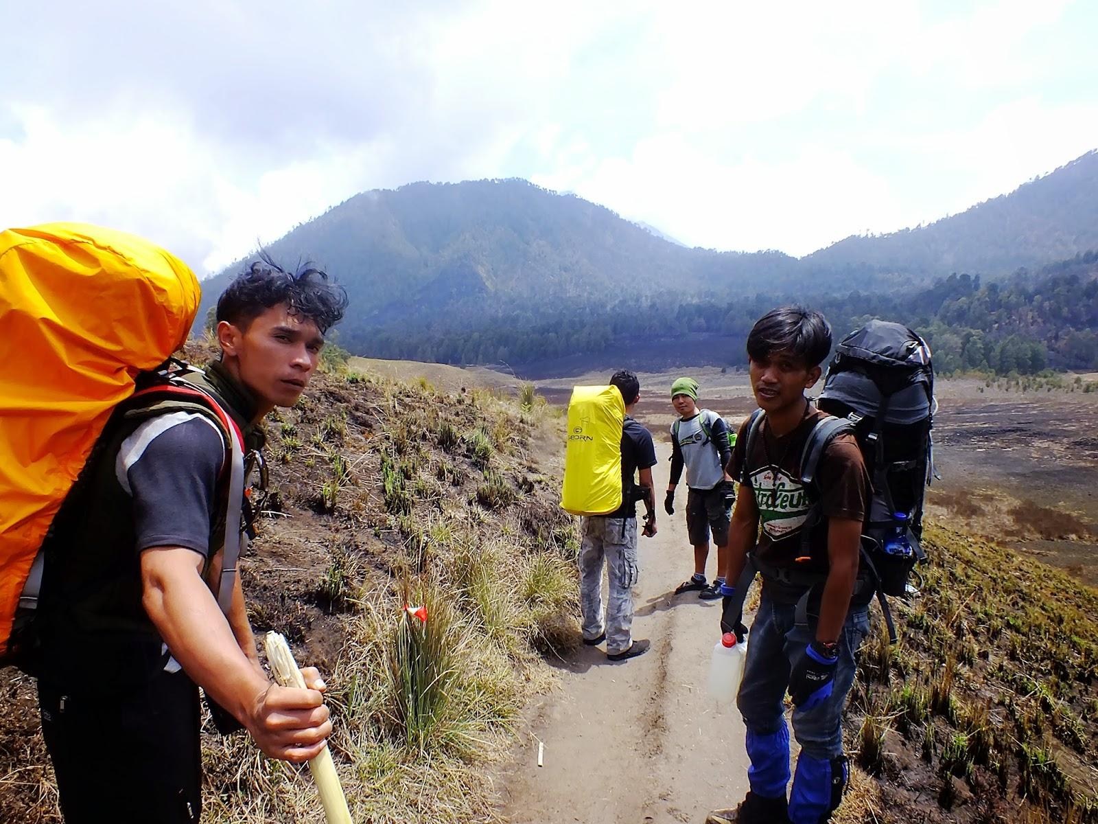 Oro Oro Ombo Gunung Semeru