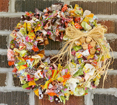 scrap buster, scrap fabric, scrap project, tutorial, instructions, diy, wreath, fall, autumn, home decor