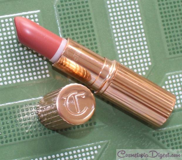 Charlotte Tilbury K.I.S.S.I.N.G. lipstick in Stoned Rose review, swatches