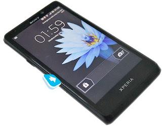harga sony xperia mint spesifikasi, handphone android kamera 13MP terbaru, smartphone android ics canggih sony, hp keluaran baru sony akhir tahun